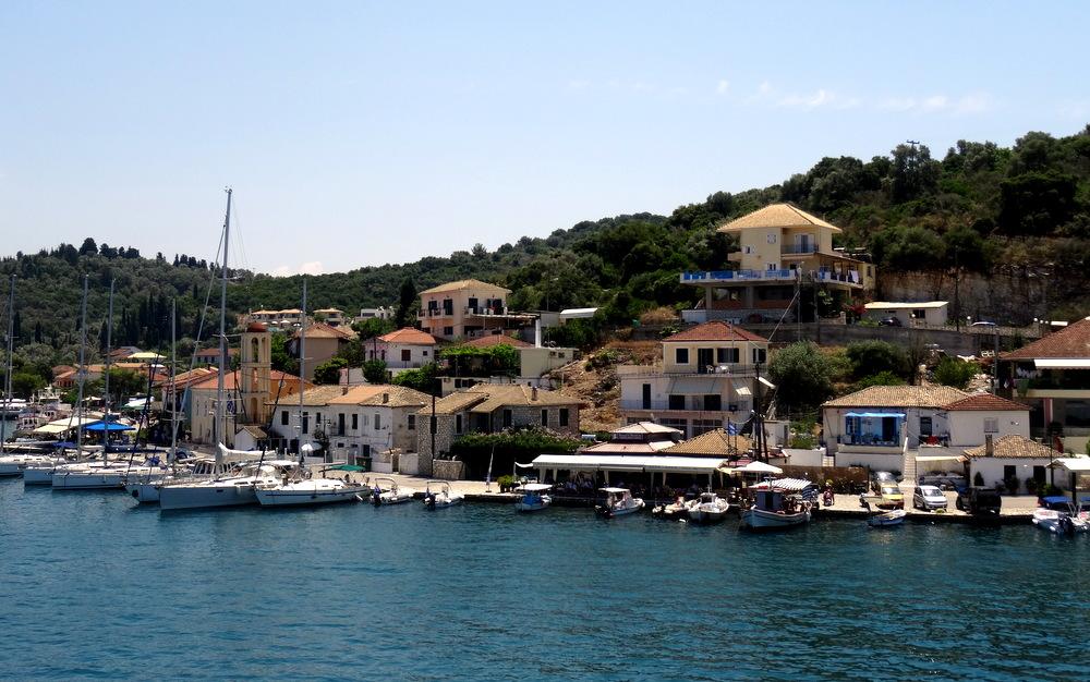 boat rental Nidri